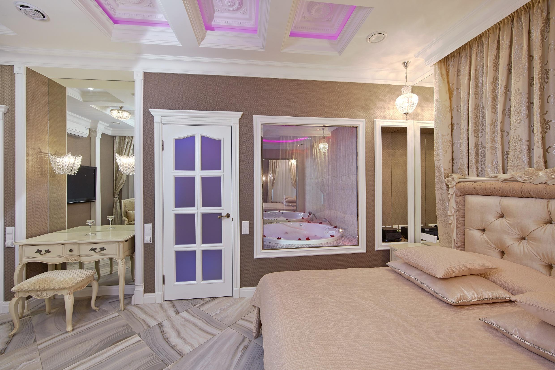 Лунная комната отель Премиум