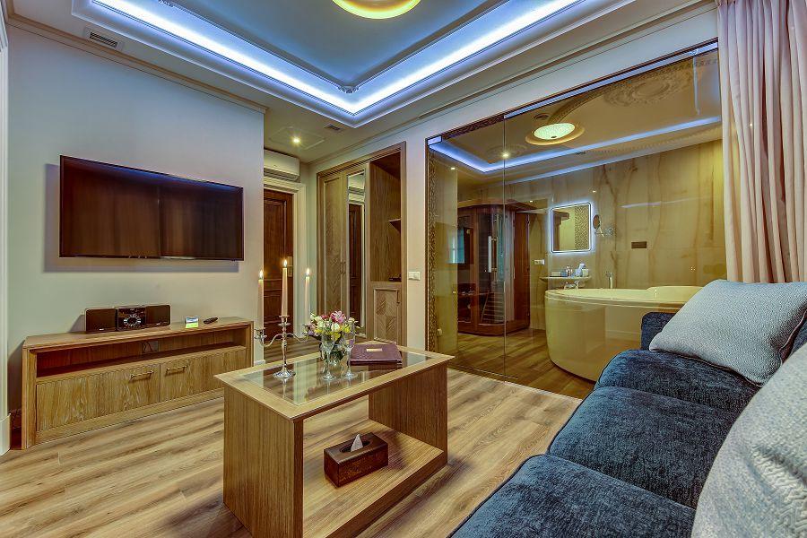 Сапфировая комната