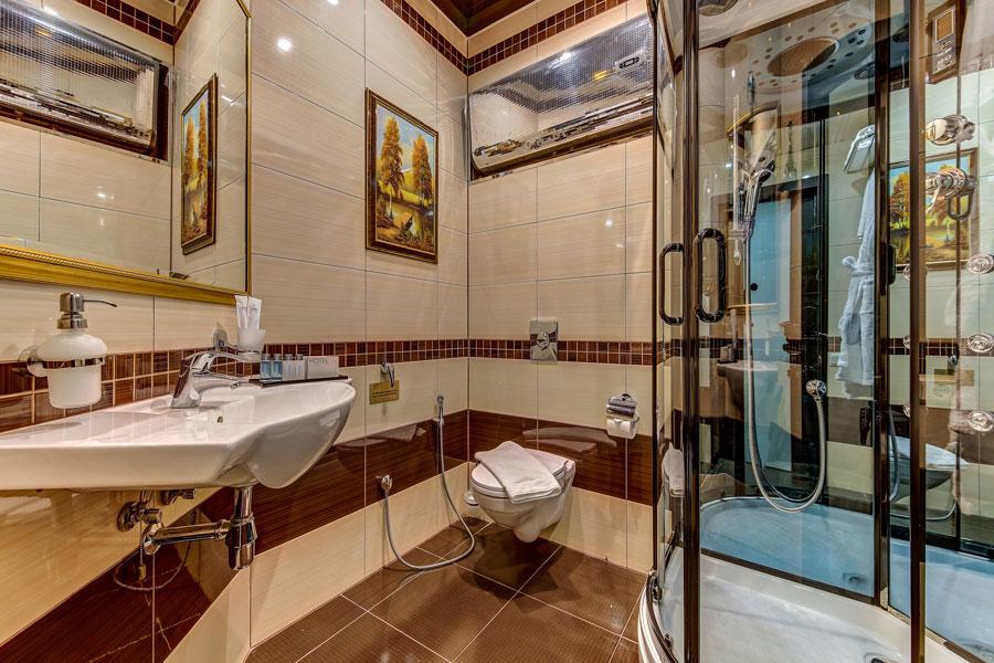 Янтарная комната в отеле Премиум